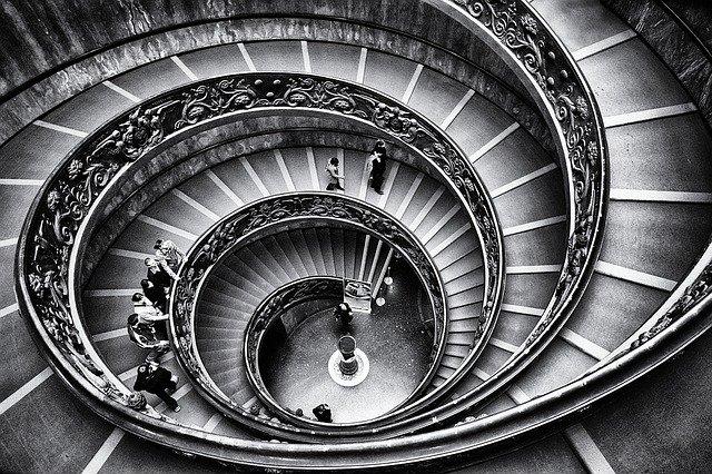 točité schodiště.jpg